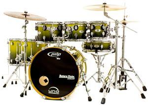 """Bateria PDP by DW X7 Maple Silver to Black Sparkle Fade 20"""",8"""",10"""",12"""",14"""",16"""" e Caixa (Shell Pack)"""
