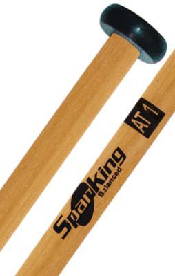 Baqueta Spanking Linha Drums Corp AT1 com Ponta de Nylon para Quadriton (113782) Marching Band