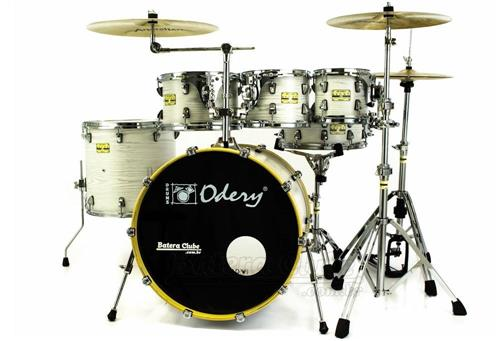 "Bateria Odery Fluence Jam Session FL.200 White Ash Maple 20"",8"",10"",12"",14"" com Kit de Ferragens"
