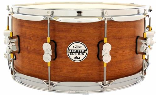 "Caixa PDP by DW Limited Edition Bubinga Maple 14x6,5"" com Automático DW Mag e Casco com 16mm"