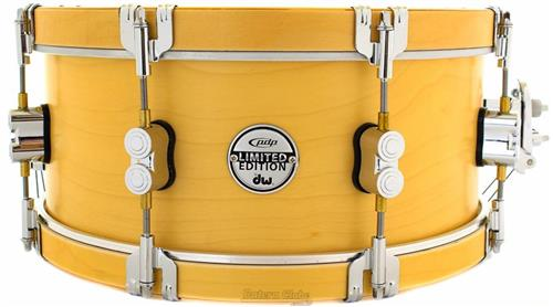 """Caixa PDP by DW Specialty Maple Limited Classic Wood Hoop 14x6"""" com Automático DW Mag"""