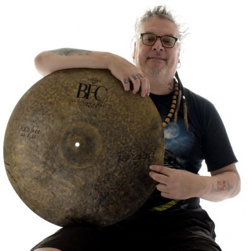 "Ride BFC Brazilian Finest Cymbals Signature Douglas Las Casas 22.22"" DLCRD22 em Bronze B20"