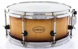 """Caixa Giardina Custom Drums Natural Burned Maple 12x5"""" com Anel de Reforço"""