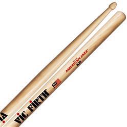 """Baqueta Vic Firth American Jazz AJ1 Hickory """"Padrão 5B"""" (7339) Power Jazz"""