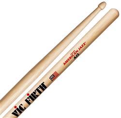 "Baqueta Vic Firth American Jazz AJ2 Hickory ""Padrão 5A"" (7444) Fusion Jazz"