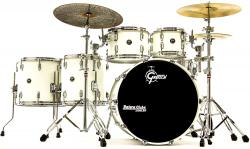 "Bateria Gretsch RN1 Renown Maple Series Satin White Finish 22"",10"",12"",14"",16"" (Shell Pack) Die-Cast"