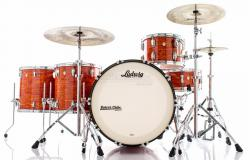 "Bateria Ludwig Classic Maple Mod Orange Vintage com Bumbo 24"",13"",16"",18"" (Shell Pack) Made in USA"