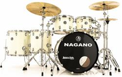 "Bateria Nagano Concert Full Celluloid Birch Brooklin White 22"",10"",12"",14"",16"" com Kit de Ferragens"