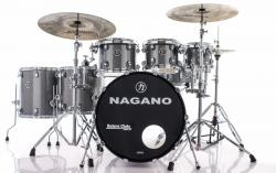 "Bateria Nagano Concert Full Celluloid Birch Iron Sparkle 22"",8"",10"",12"",14"",16"" c/ Kit de Ferragens"