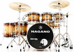 "Bateria Nagano Concert Full Lacquer Birch Gold Burst 22"",8"",10"",12"",14"",16"" com Kit de Ferragens"