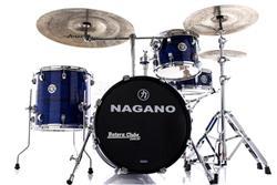 """Bateria Nagano Concert Gig Brooklyn Blue com Bumbo 18"""", Tom 12"""", Surdo 14"""", Caixa 13"""" e Ferragens"""