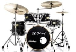 "Bateria Odery Fluence Jam Session Jazz FL.180 Black Ash Maple com Bumbo 18"" e Kit de Ferragens"
