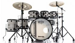 "Bateria RMV Cross Road Big Bianco Wood 22"",8"",10"",12"",14"",16"" com Ferragens e 2 Girafas Hard-Tech"