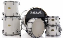 "Bateria Yamaha Stage Custom Birch Pure White Lacquer 22"",10"",12"",14"",16"" (Shell Pack)"