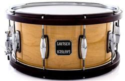 """Caixa Gretsch Full Range Maple Wood-Metal Hoop Natural Gloss 14x6,5"""" com Aros de Madeira e Metal"""